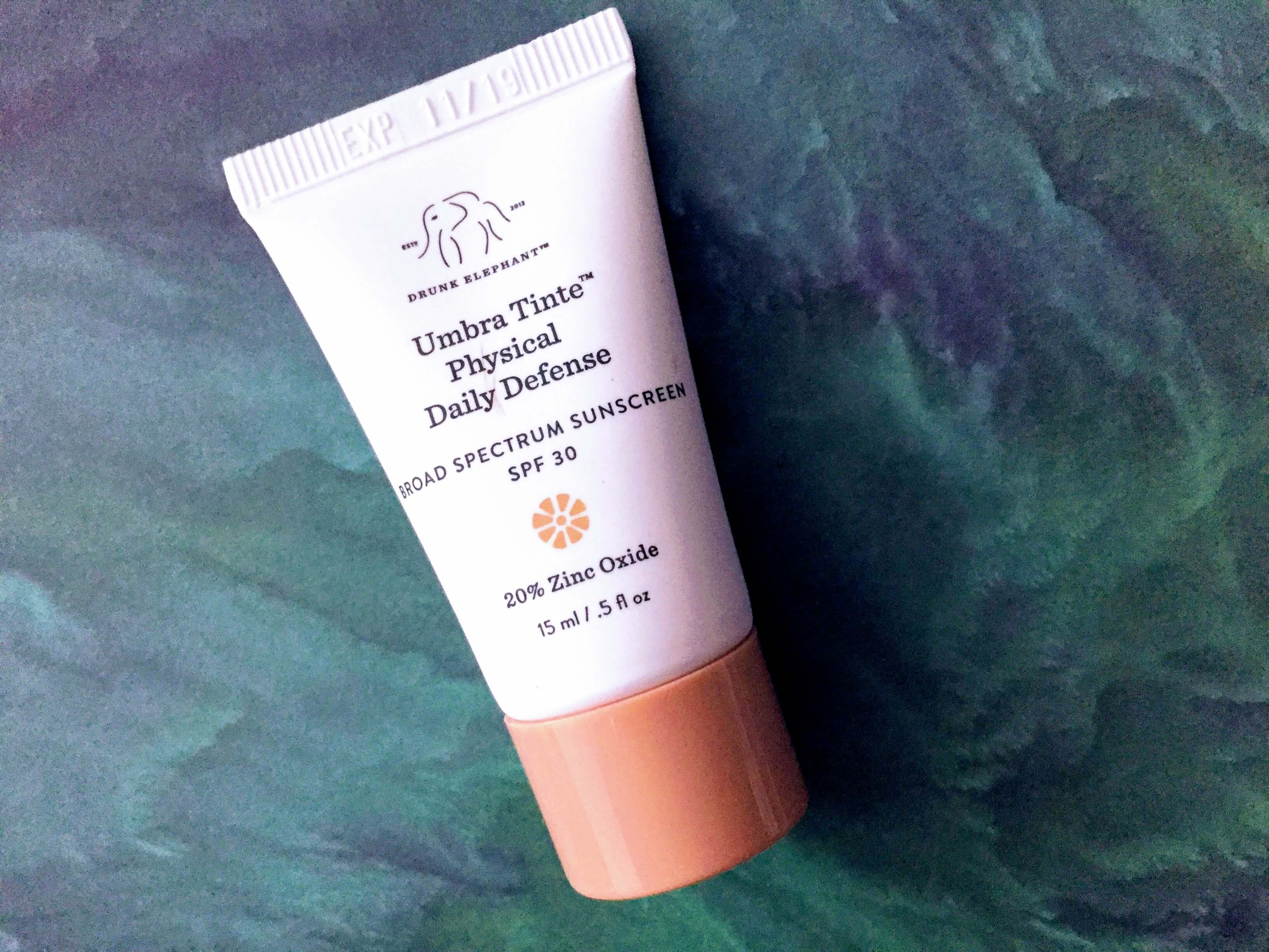 drunk elephant umbra tinte sunscreen review