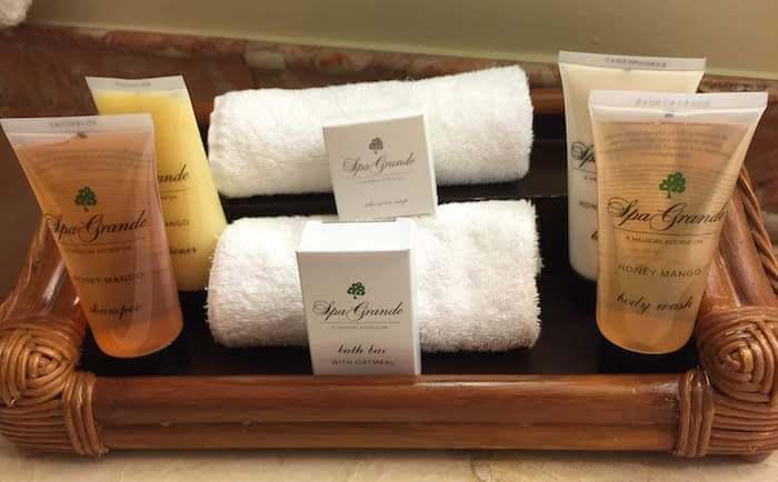 Grand Wailea Spa Grande Honey Mango Toiletries Review