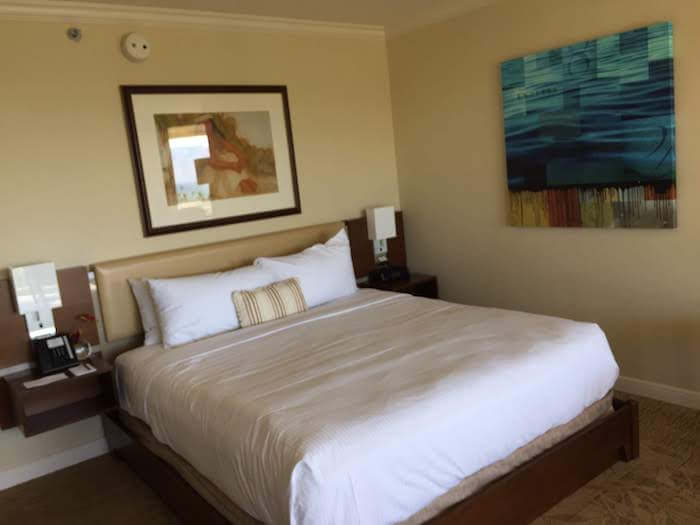 Grand Wailea Maui Review king bed room