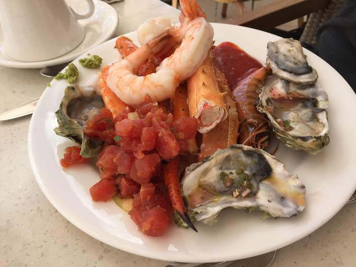 Grand Wailea Maui Review sunday brunch seafood buffet