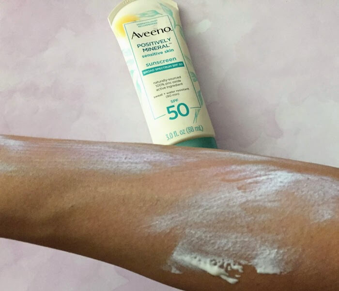 Aveeno Positively Mineral Sunscreen SPF 50 Review